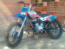 moto Honda cg lista para correr