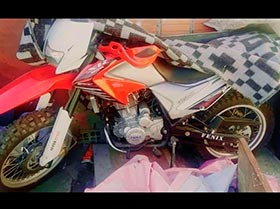 moto cross 250cc. con paeles primer dueño