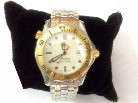 relógio marca Omega seamaster aço e ouro
