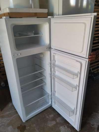 Refrigerador congelador con 2 puertas