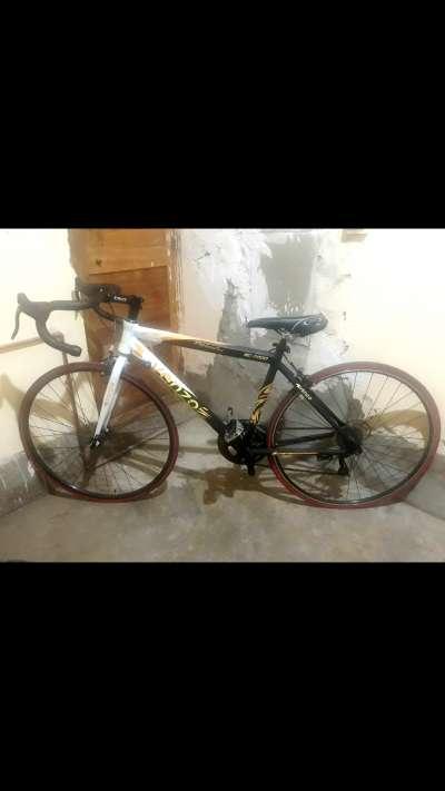 hermosa bicicleta venzo de carreras original en venta