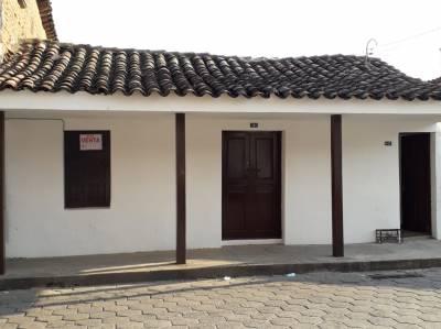 OPORTUNIDAD DE INVERTIR  EN SANTA CRUZ, vendo casa