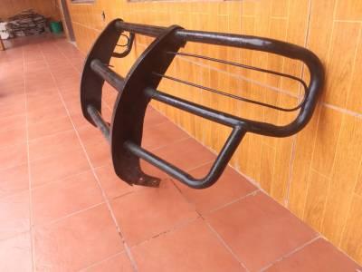 Protector de choques para camioneta Mazda Bongo
