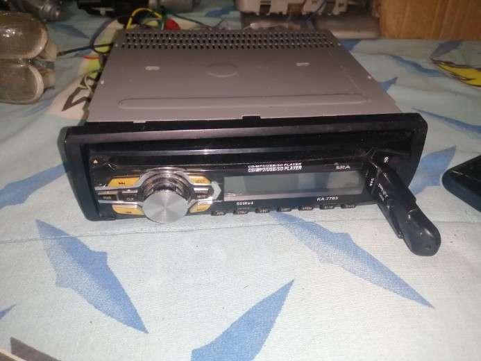 RADIO ERA ➡️ ERA KA-7703 \\nCD / USB / AUX /SD/ salida RCA