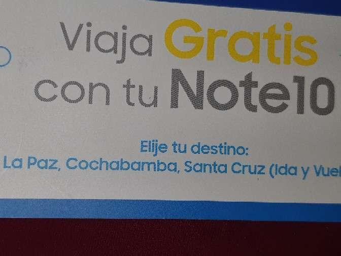 Boleto de avión ida y vuelta de La Paz a Santa Cruz o Cochab