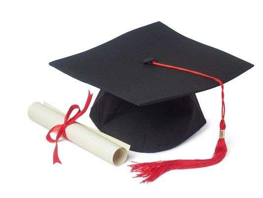 Se necesita jóvenes estudiantes, bachilleres, universitarios